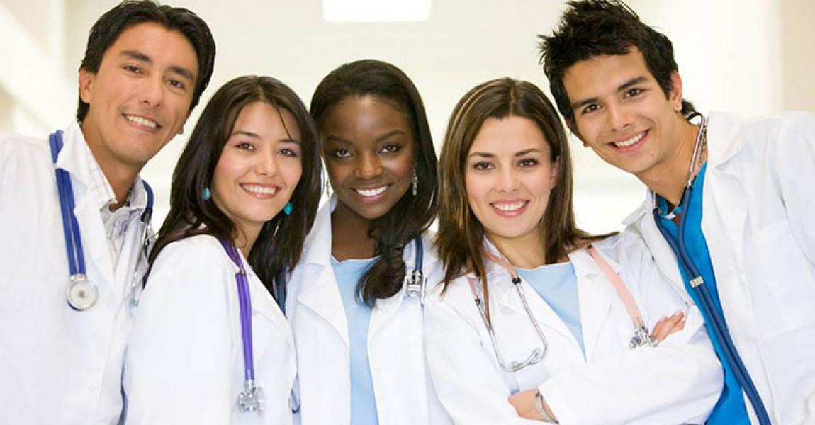 Conheça o Curso de Enfermagem Esamaz
