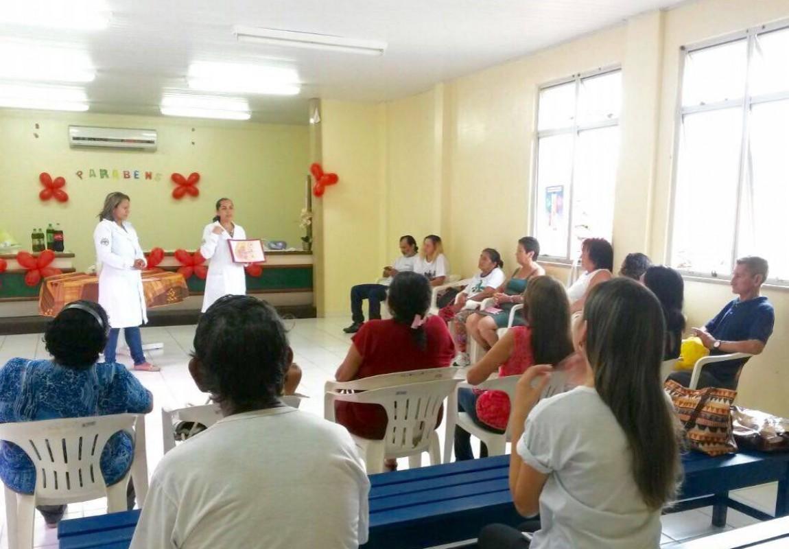 Alunos de Enfermagem realizam campanha de prevenção ao câncer em Belém