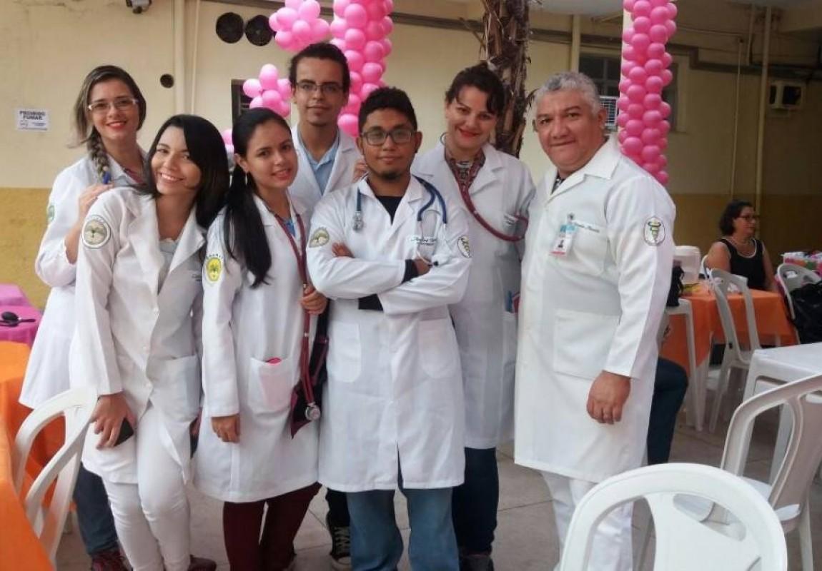 Alunos de Fisioterapia participam de ação no Hospital Ophir Loyola