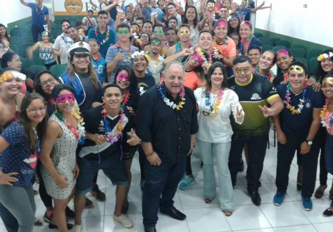 Curso de Educação Física promoveu I Grito de Carnaval da Esamaz