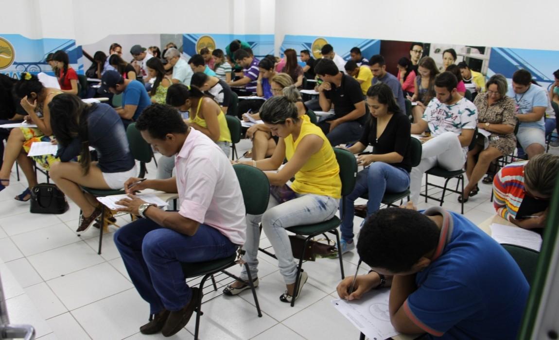 Pedido de Impeachment da presidente Dilma é tema de redação no Vestibular da Esamaz