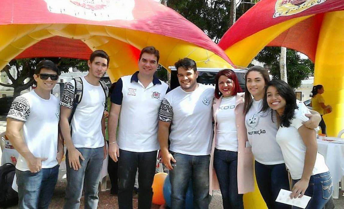 Alunos de Nutrição realizam atividades de prevenção ao câncer e diabete em Belém
