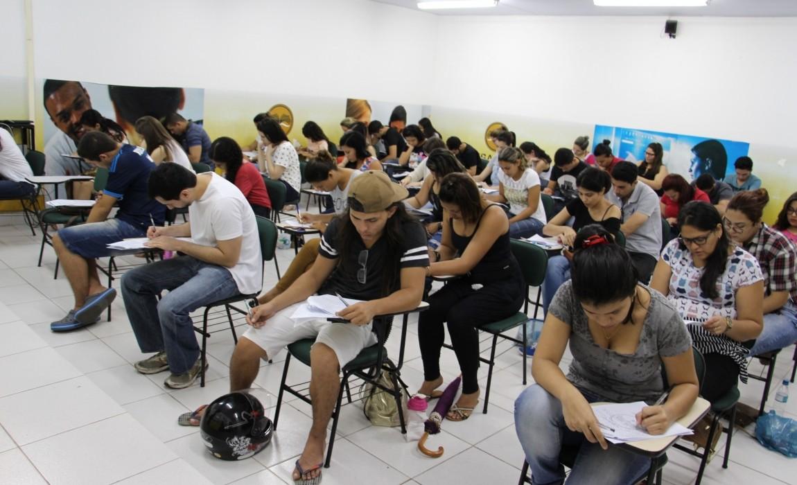 Vestibular Unificado da Esamaz é destaque no Jornal O Liberal de hoje.