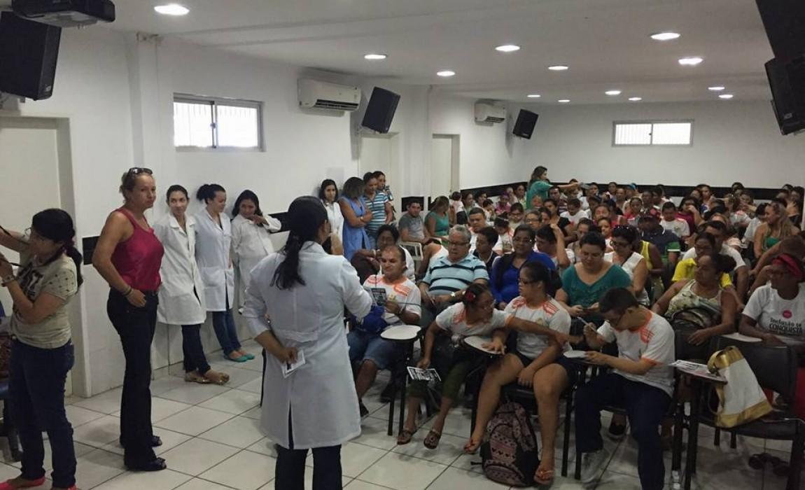 Alunos de Nutrição participam de evento na APAE, em Belém