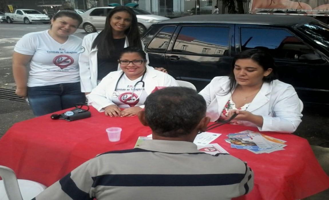 Aluno da Esamaz participam de açãono Dia Mundial do Tabagismo