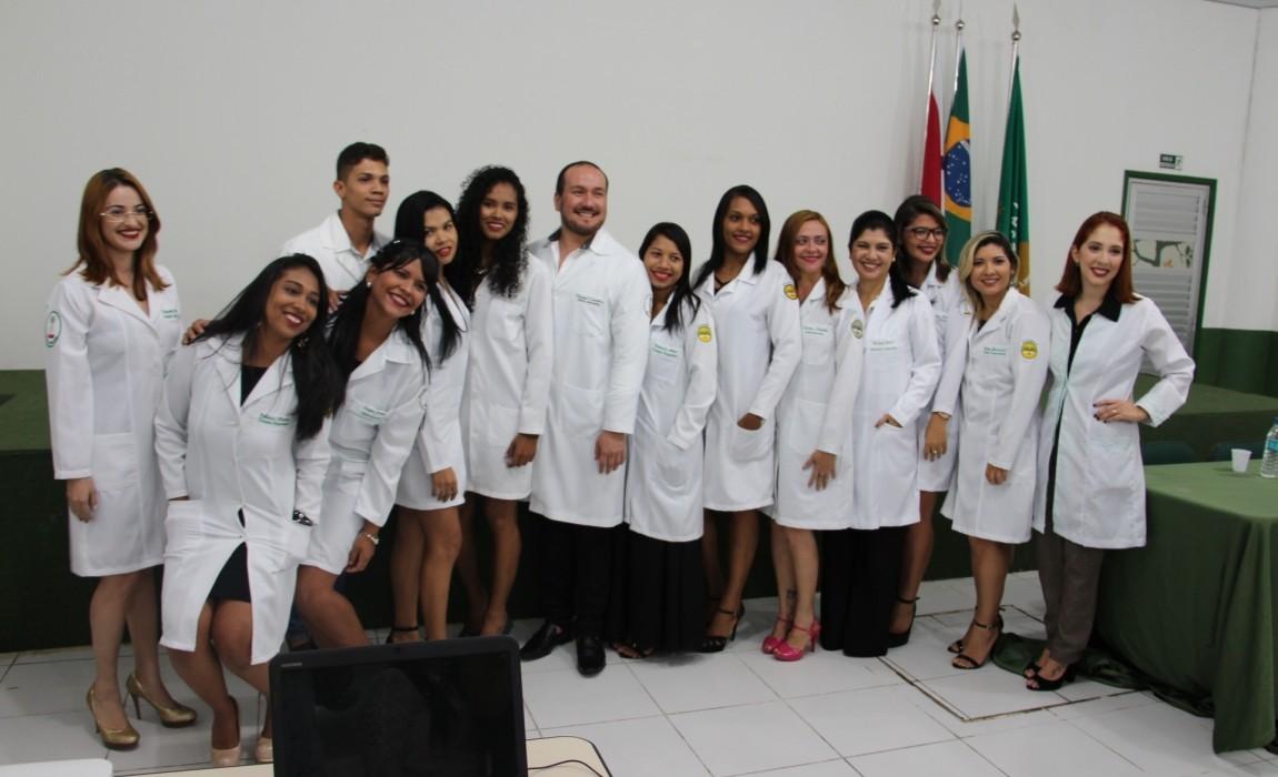Curso de Terapia Ocupacional realiza Cerimônia do Jaleco na Esamaz