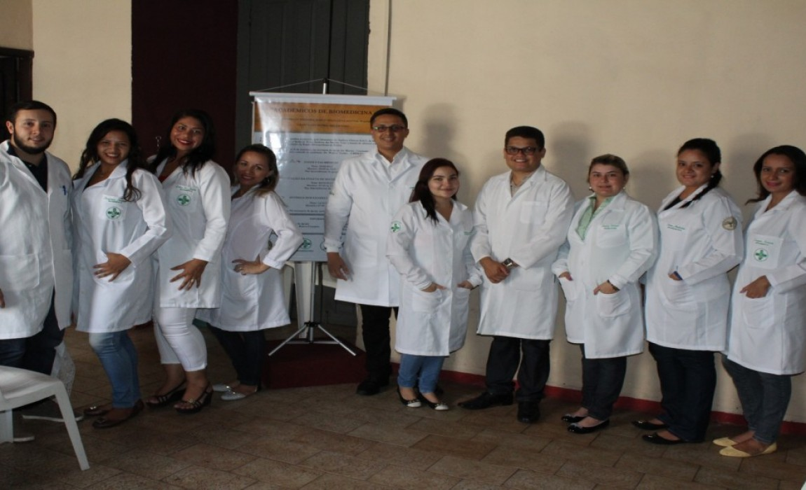 Curso de Biomedicina atende comunidade carente na Igreja das Mercês, em Belém