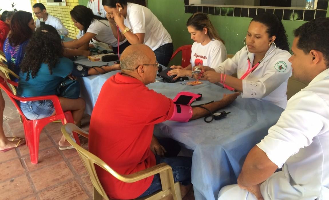 Curso de Enfermagem participa do Dia do Comerciário, em Belém