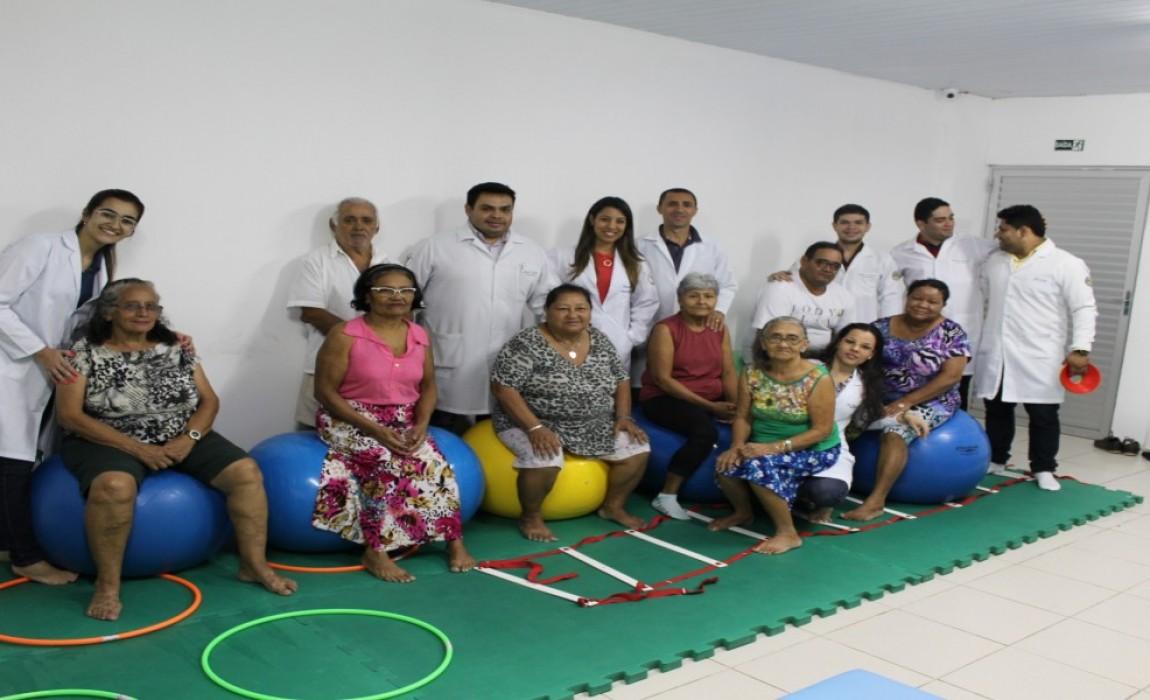 Projeto multidisciplinar atende idosos hipertensos e diabéticos na Esamaz