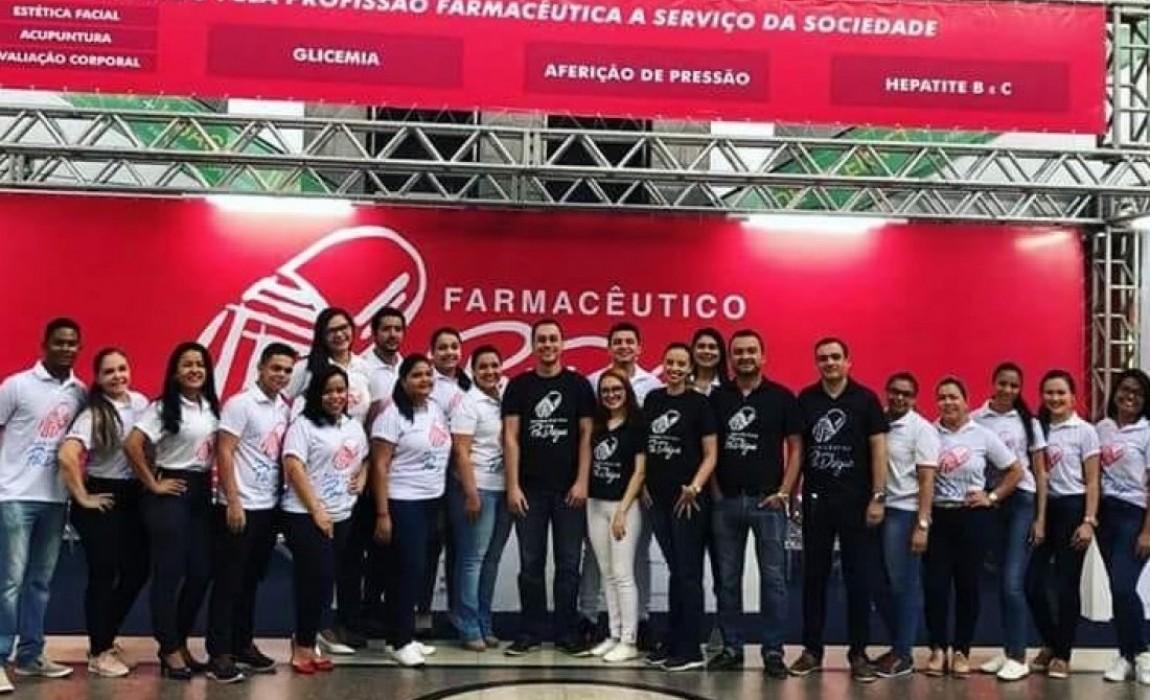 Acadêmicos da Esamaz participam do projeto Farmacêutico Pai D'égua, em Belém