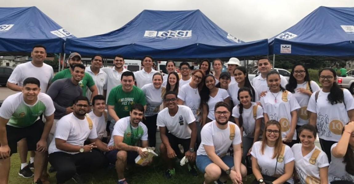 Acadêmicos de Fisioterapia da Esamaz atenderam participantes da Corrida do Sesi em Belém