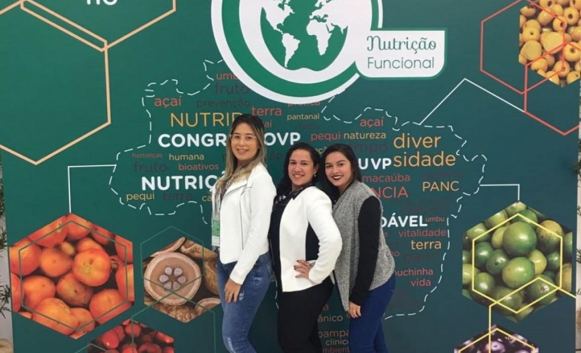 Alunas do curso de Nutrição participaram do XIV Congresso Internacional de Nutrição Funcional, em São Paulo