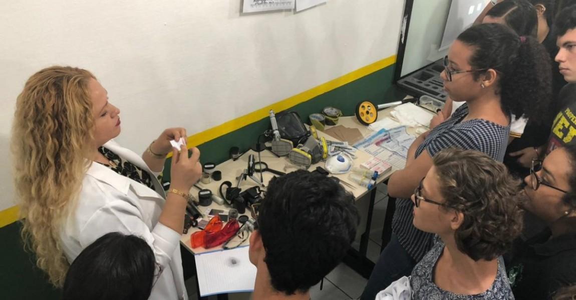 Alunos de Biomedicina participam de curso sobre Pericia Criminal na Esamaz