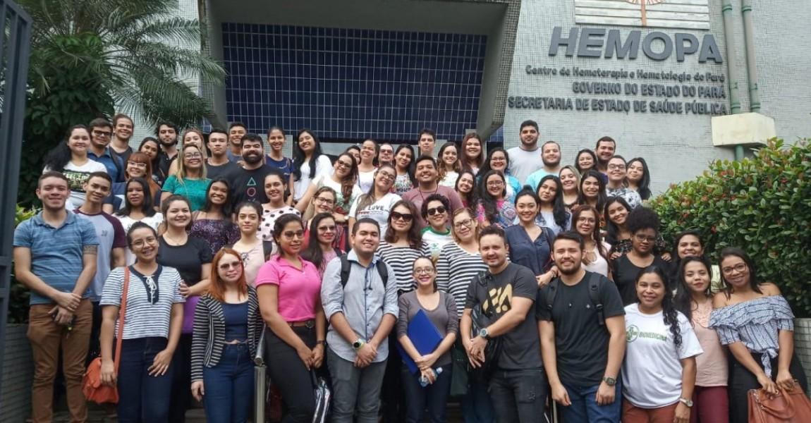 Alunos de Biomedicina participam de programação solidária na Fundação Hemopa, em Belém