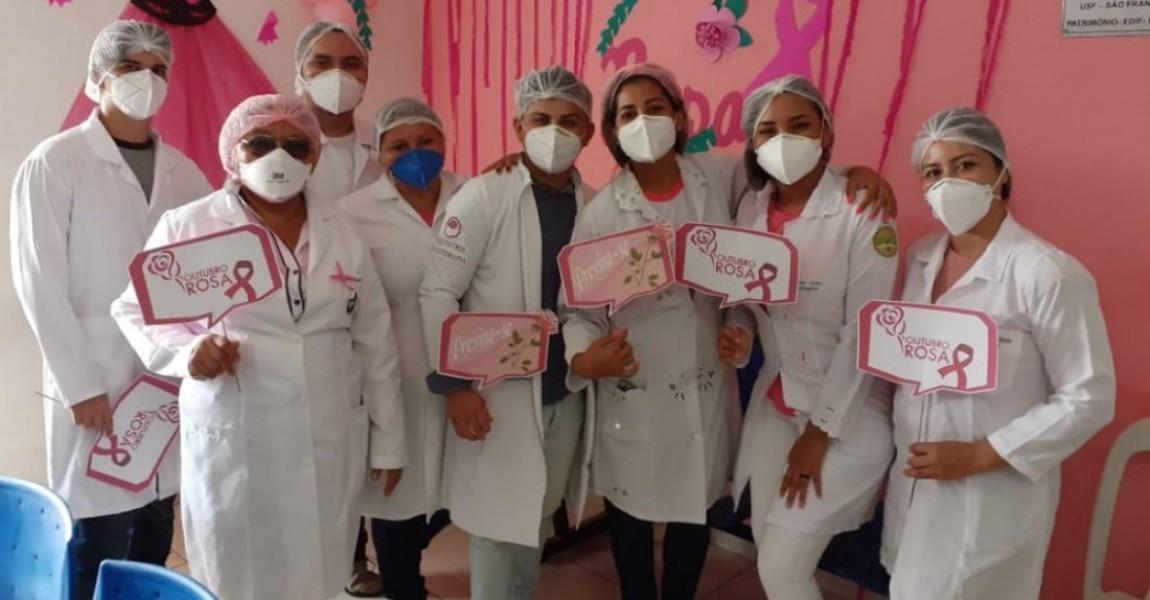 Alunos de Enfermagem da Esamaz conscientizam sobre prevenção do câncer de mama