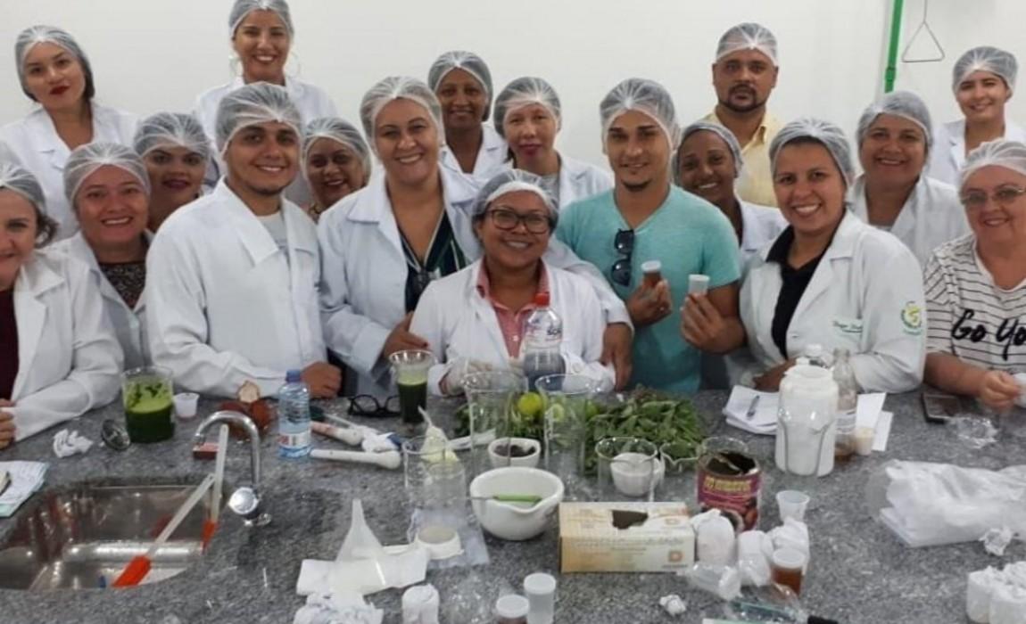 Alunos de Farmácia da Esamaz participam de Minicurso de Fitoterapia em Belém