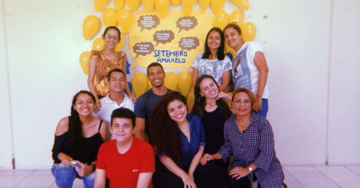 Alunos de Fisioterapia promovem ação do setembro amarelo em bairro de Ananindeua
