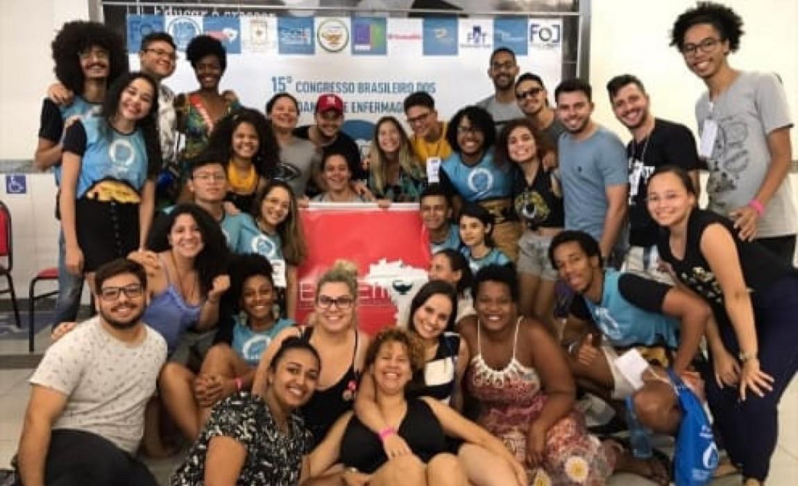 Alunos de Psicologia e Enfermagem da Esamaz, que compõem a LASMI, apresentam trabalho na Bahia e em Manaus