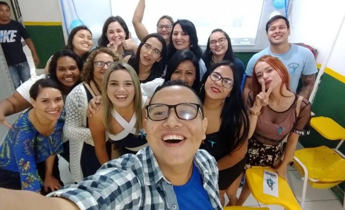 Alunos de Serviço Social realizam ação de conscientização do Novembro Azul