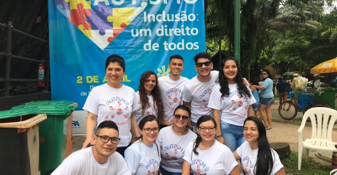 Alunos de Terapia Ocupacional participam da Caminhada pelo Dia Mundial da Conscientização do Autismo