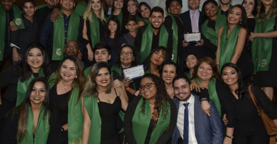Alunos do curso de Direito da Esamaz participam da II Cerimônia de Outorga da Faixa