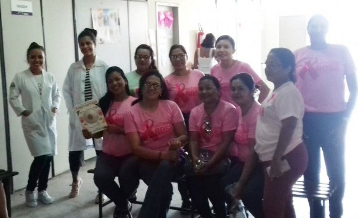 Alunos do curso de Enfermagem realizam atividades alusivas ao Outubro Rosa e Saúde na Adolescência