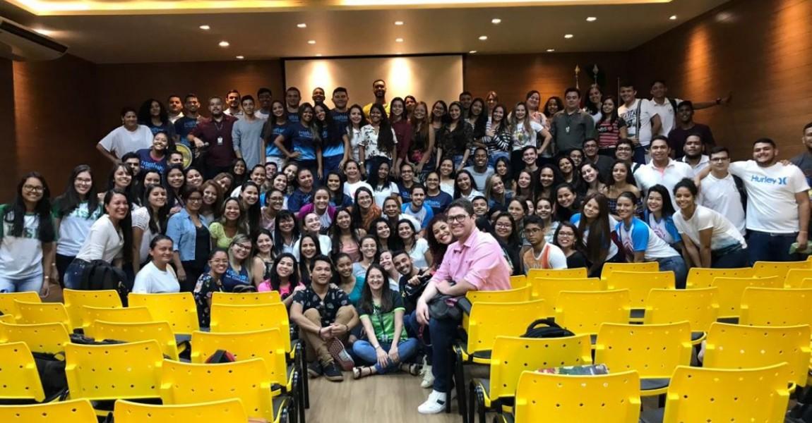 Alunos e Professores do Curso de Fisioterapia apresentam os resultados do projeto Fisioterapia na Escola