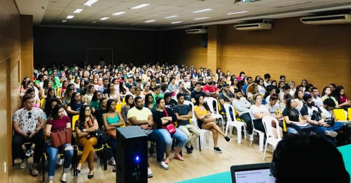 Ciclo de Palestras sobre o novo Coronavírus lota auditório na Esamaz