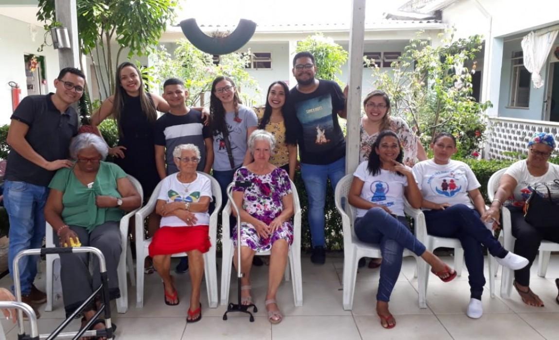 Curso de Farmácia promove diversas ações solidárias de Natal em Belém