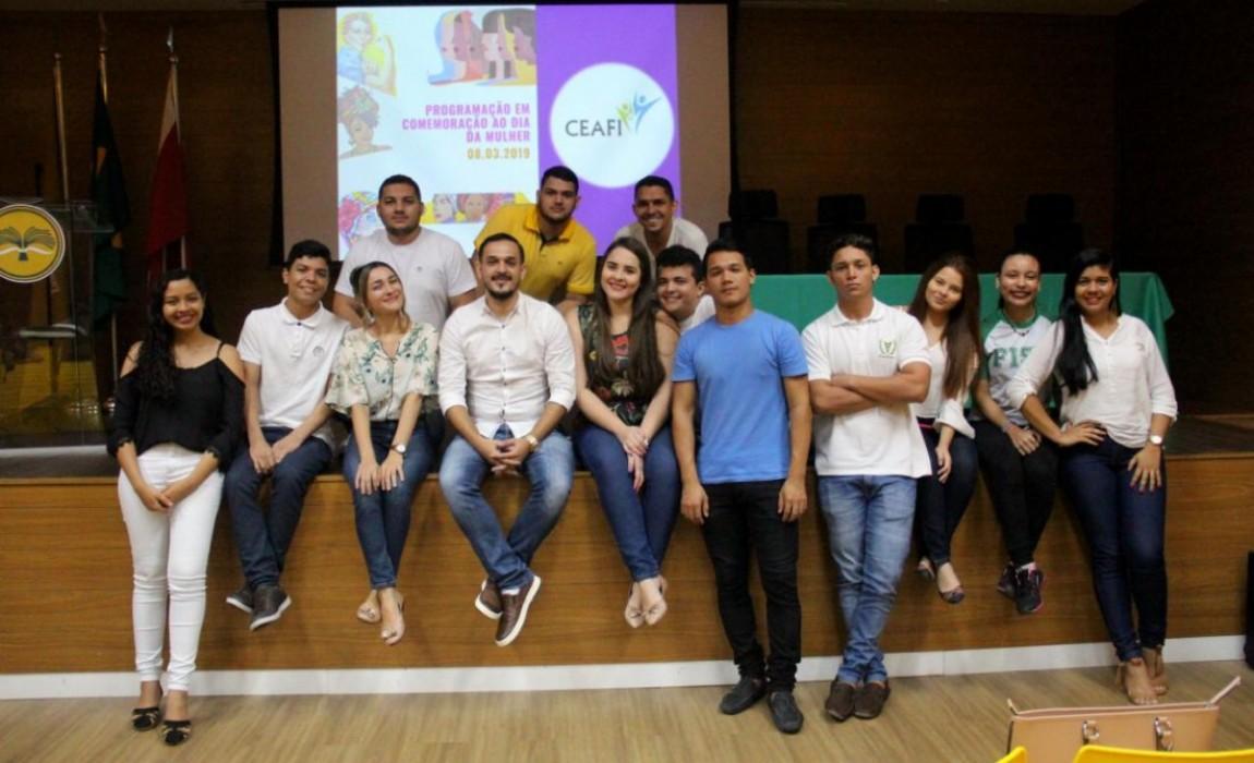 Curso de Fisioterapia da Esamaz promove evento em homenagem ao Dia Internacional da Mulher