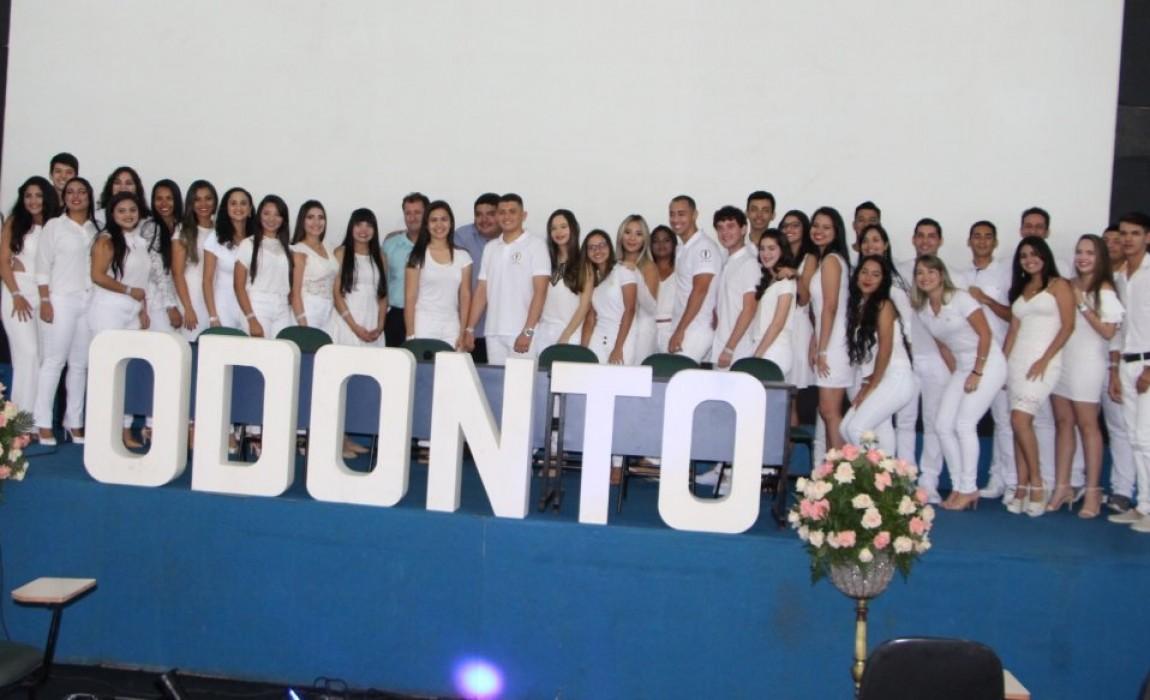 Curso de Odontologia realiza Cerimônia do Jaleco na Esamaz São Pedro