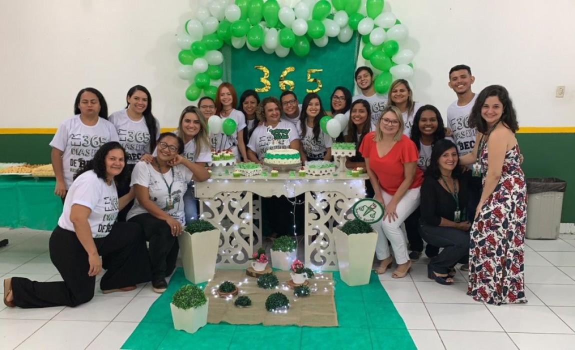 Curso de Serviço Social promove festa de confraternização com palestra e coquetel