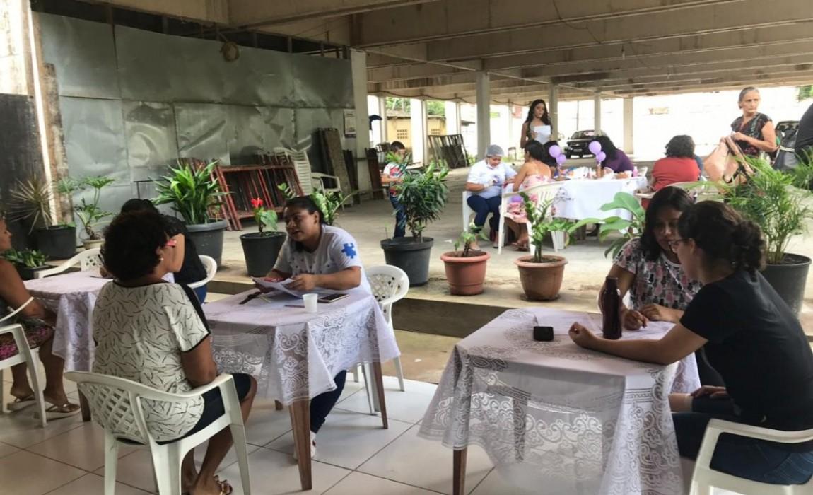 Curso de Terapia Ocupacional participa de ação de saúde pública para mulher na Paróquia de Santa Cruz