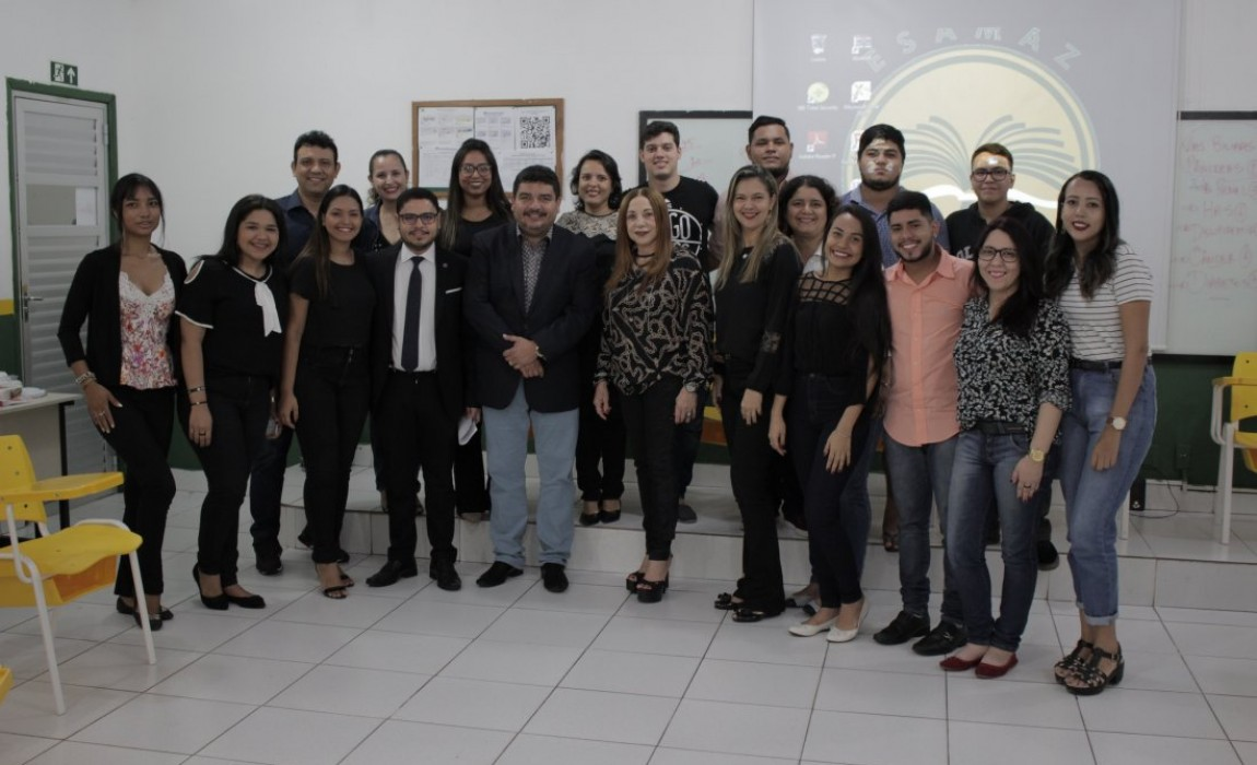 Desembargadora do TJE-PA participa de aula do Curso de Direito na Esamaz