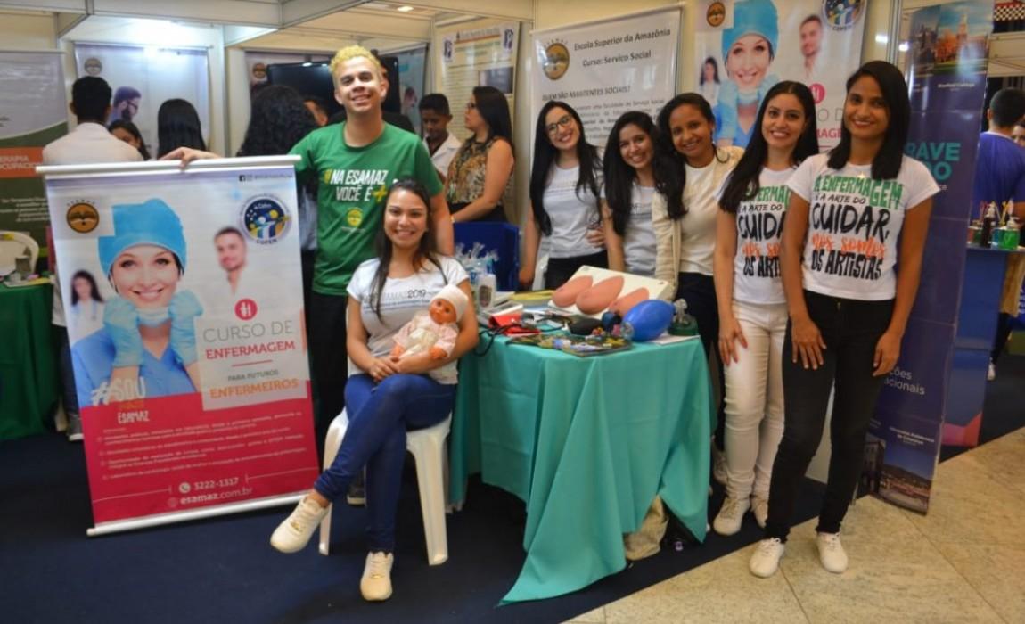 Esamaz participa de Feira de Profissões do Colégio Equipe em Belém