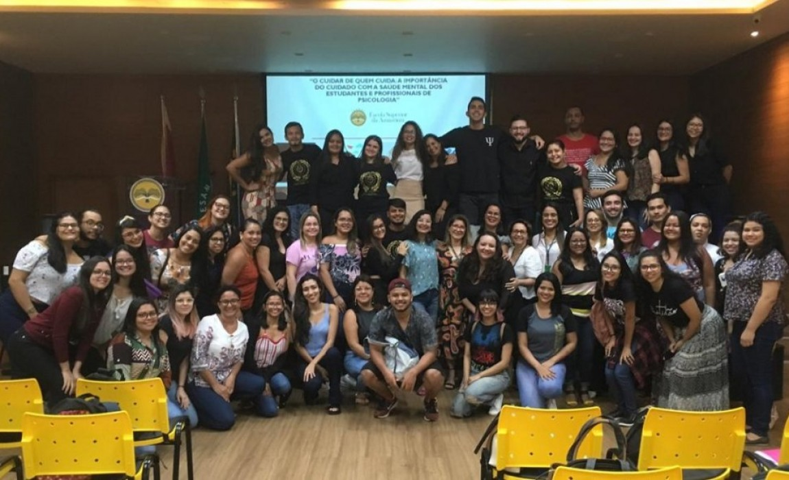 Esamaz realiza ciclo de palestras sobre o cuidado com a saúde mental dos estudantes e profissionais de Psicologia