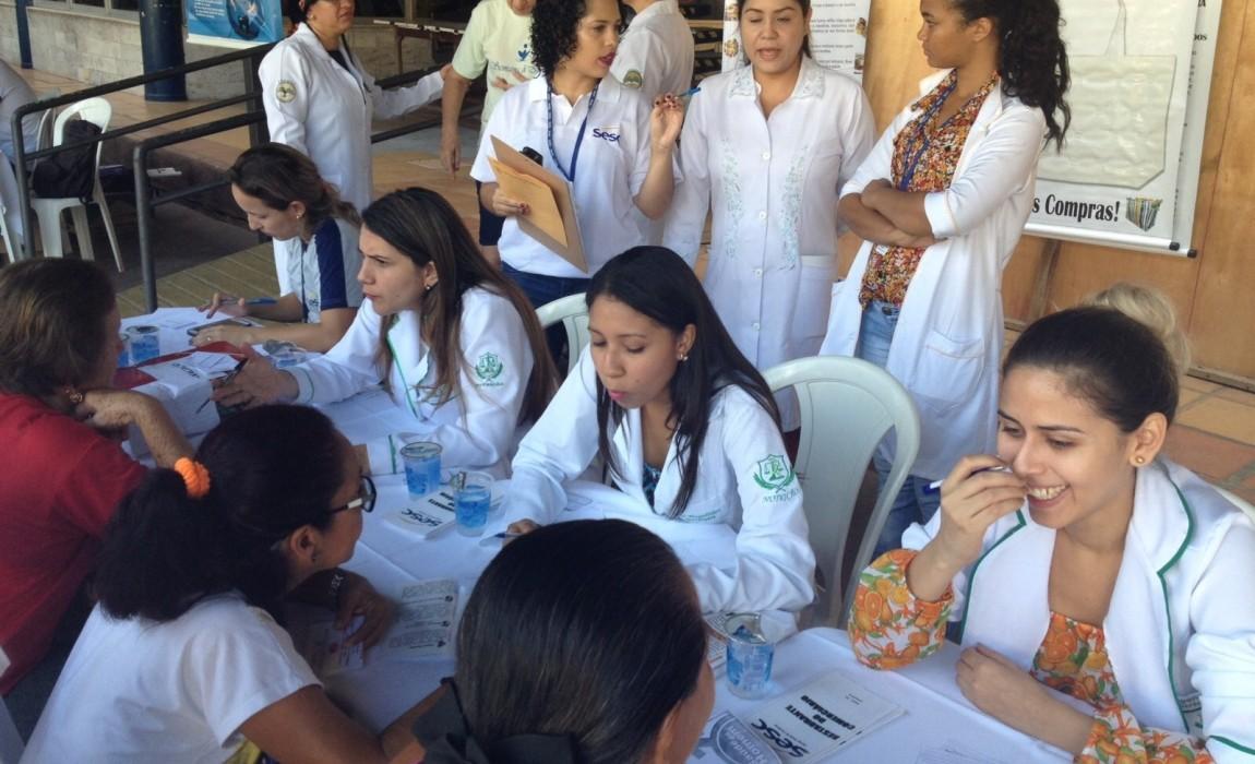 Alunos de Nutrição promovem palestras educativas em Belém