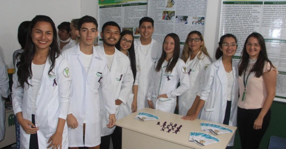 IX Semana Acadêmica de Fisioterapia começa com apresentação de trabalhos científicos e feira de anatomia