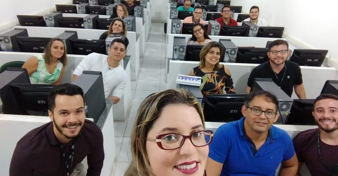 Professores do Curso de Farmácia participam de curso  de metodologias ativas e tecnologias
