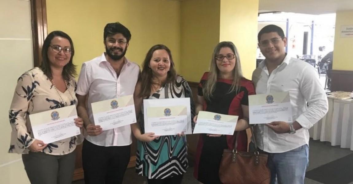 Professores e Egressos do curso de Farmácia da ESAMAZ são diplomados pelo CRF/PA