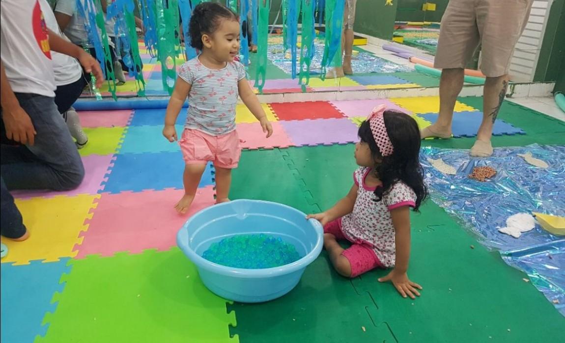 Projeto Brincarte promove encontro sobre vivências sensoriais com crianças na Esamaz