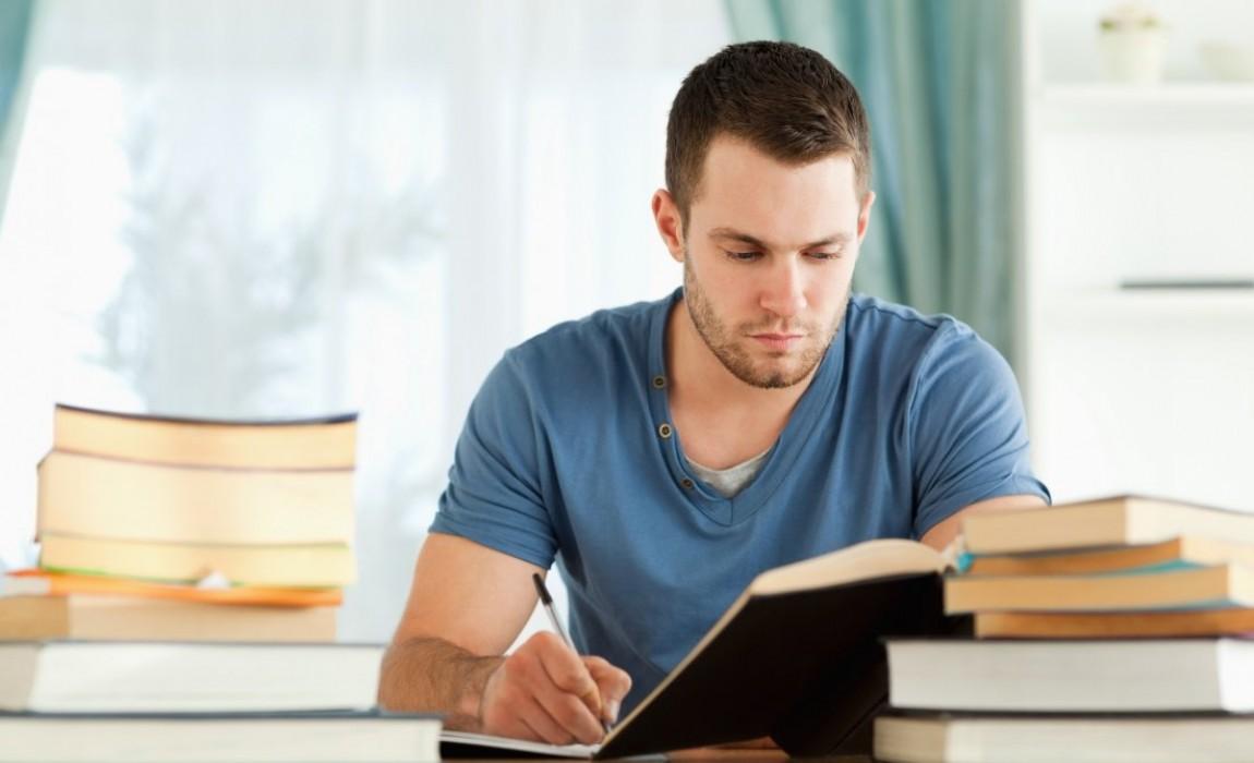 Você sabia que ler em voz alta ajuda a fixar informações na memória?