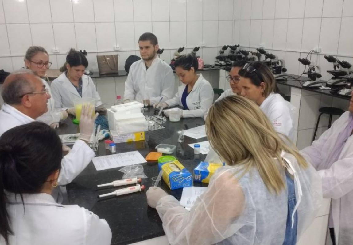 Curso de Biomedicina é parceiro no Curso Teórico-Prático de Espermograma na Esamaz