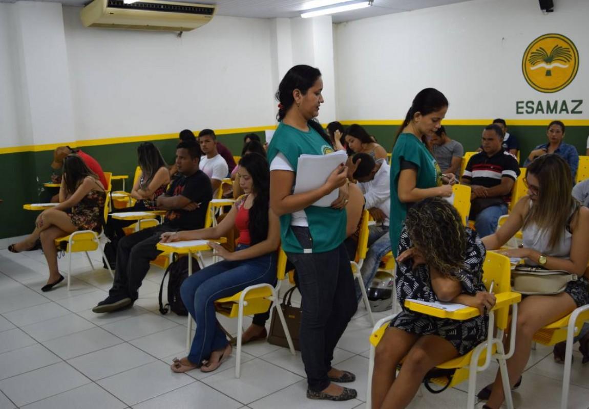 Esamaz realiza prova do Concurso de Bolsas 2017 em Belém