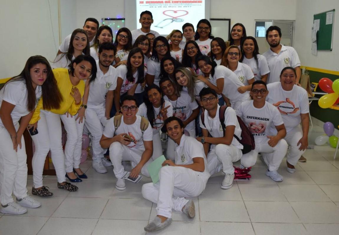 Premiação encerra Semana Acadêmica de Enfermagem na Esamaz