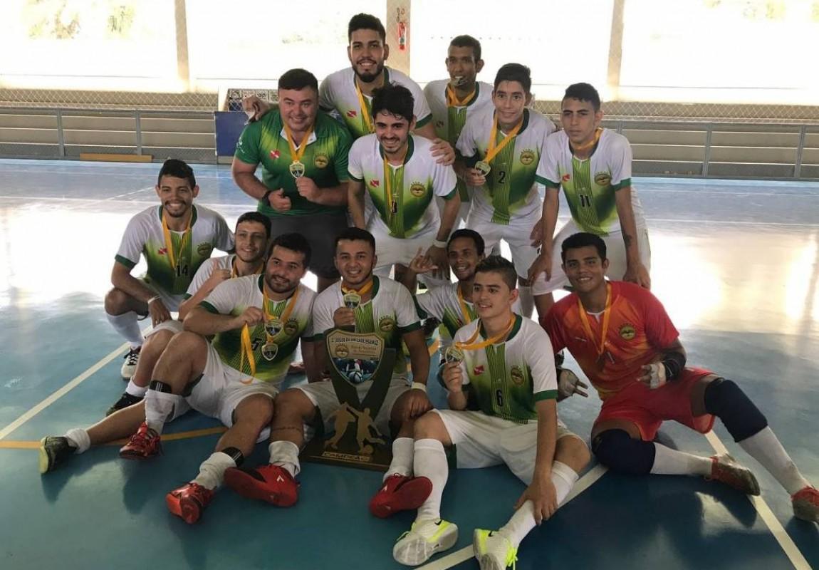 Time de Futsal da Esamaz participa dos Jogos Universitários Paraenses 2017